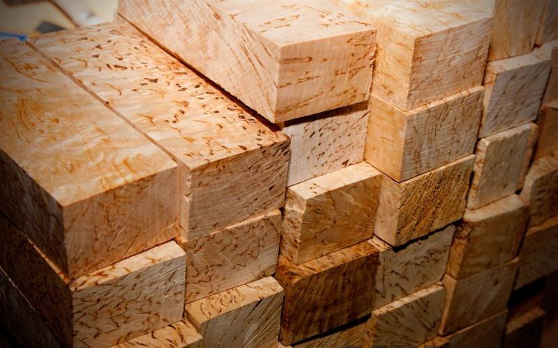 Заготовки из карельской древесины