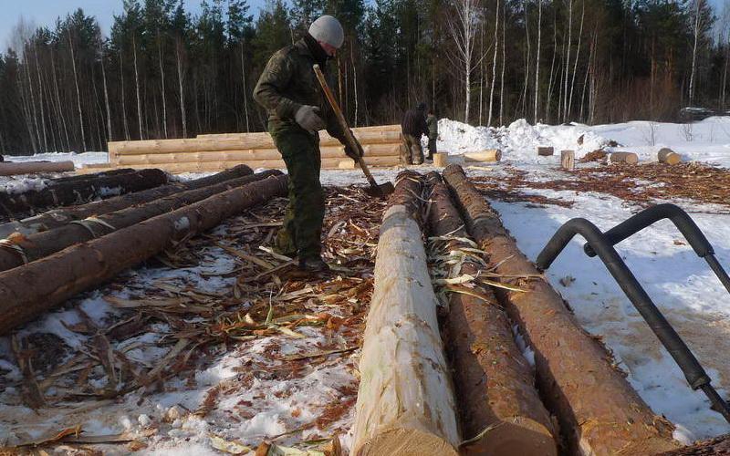 Грубая окорка древесины